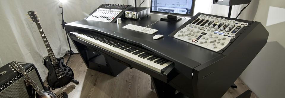 Unterlass Studio Furniture Listen To Your Eyes
